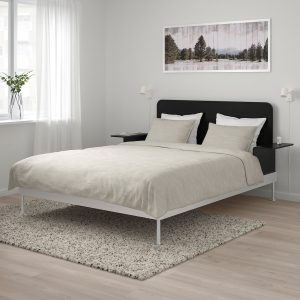 IKEA - DELAKTIG Bedframe/hoofdeinde/2 tafeltjes